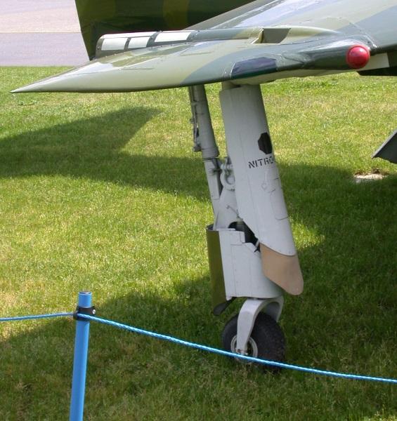 AV-8C wingtip puffer