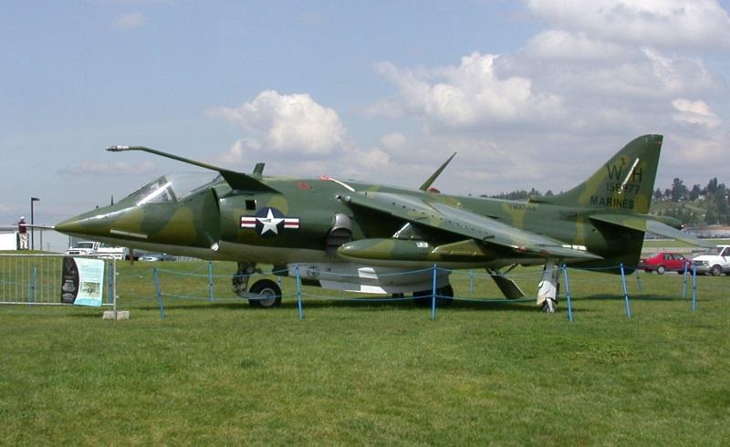 USMC AV-8C Harrier